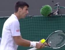 Novak Djokovici si-a iesit din minti la Wimbledon: s-a rastit la o fetita (Video)