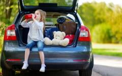 Nu pleca la drum nepregatit! Iata cele 18 lucruri pe care trebuie sa le ai in masina