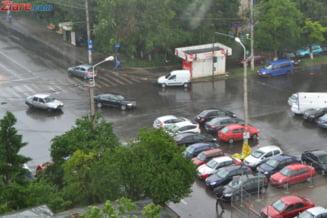 Nu scapam de ploi: Nou cod galben de vijelii pentru mai mult de jumatate de tara Update