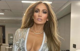 Nu se mai pot ascunde. Cine e barbatul care o face fericita pe Jennifer Lopez. Unde au fost surprinsi cei doi indragostiti