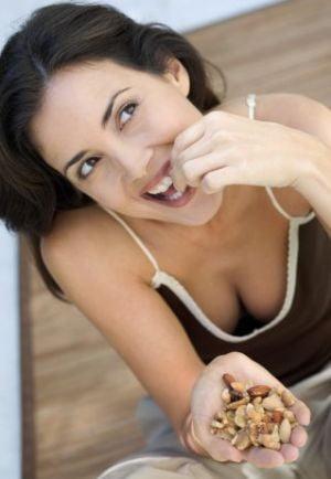 Nucile, bune pentru diabetici