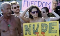 Nuditatea ca forma de protest in 2012 (Galerie foto)