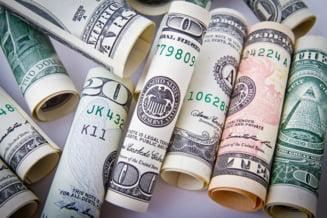 Numarul beneficiarilor de pensii speciale se apropie de 10.000. In mai, au intrat inca 14 privilegiati la plata