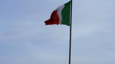 Numarul deceselor in Italia, in ultimele 24 de ore, coboara sub 100 pentru prima data dupa mai bine de doua luni