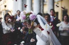 Nunta cu 150 de persoane, sparta de politie si jandarmerie in judetul Galati. Au fost amendati atat organizatorii, cat si proprietarii restaurantului