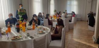 Nunti sparte de politisti, la Horodnic de Sus si de Jos, localitati cu incidenta mare de COVID