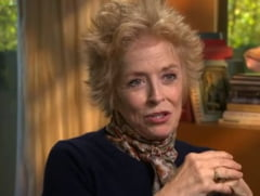 O actrita de 72 de ani anunta ca este lesbiana si se gandeste la nunta
