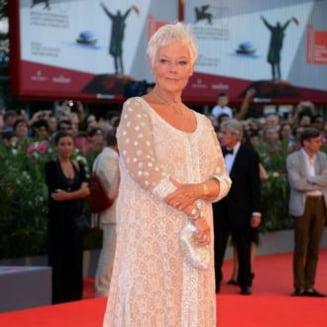 O actrita de Oscar si-a scapat de la moarte pestisorul auriu - i-a facut respiratie gura la gura