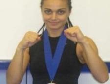 O actrita din Romania a castigat Campionatul Mondial de Kickboxing (Video)