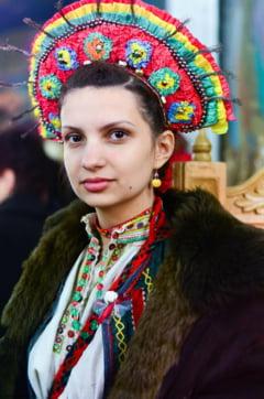 """O adolescenta din Marin reinvie traditiile din satul natal: """"Daca nu ne cunoastem originile, nu ne cunoastem pe noi, suntem incompleti"""""""