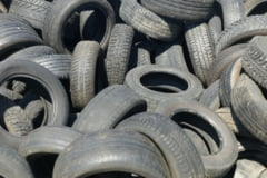 O cantitate uriasa de deseuri de cauciuc care urma sa fie exportata in Thailanda a fost descoperita in Portul Constanta