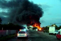 O cisterna incarcata cu 30 de tone de GPL a luat foc in curtea unei firme