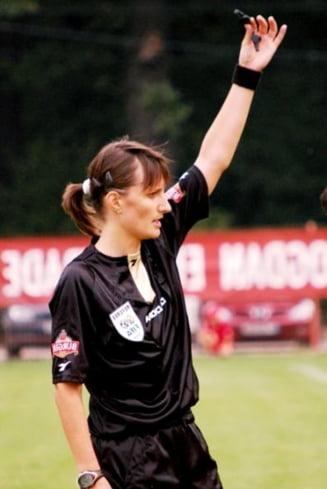 O clujeanca fluiera finala Ligii Campionilor la fotbal, varianta feminina