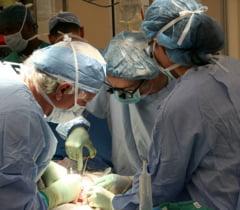 O femeie care face dializa de 14 ani figureaza cu transplant rinichi. Un primar acuza ca i s-a cerut sa nu faca valuri