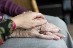 O femeie de 101 ani din New York care a supravietuit gripei spaniole si cancerului s-a vindecat si de COVID-19