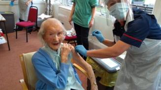 O femeie de 108 ani, care a prins si gripa spaniola, s-a vaccinat impotriva COVID-19: Ma simt mult mai fericita si in siguranta