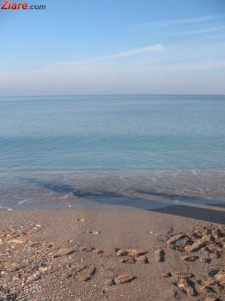 O femeie din Bucuresti a fost gasita moarta pe plaja, la Mamaia