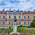 O femeie din Mures, internata la Spitalul din Tarnaveni, s-a aruncat de la etaj. Tanara avea 25 de ani