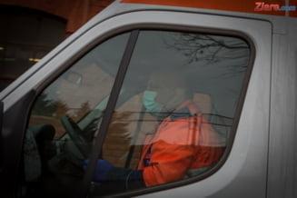 O femeie din Targoviste a cazut de la etajul 3 in timp ce spala geamurile