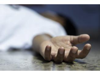 O femeie din Targu Neamt s-a aruncat de la balcon. Era depresiva