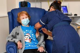 O femeie in varsta de 90 de ani din Irlanda de Nord, prima persoana din lume careia i-a fost administrat vaccinul Pfizer