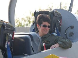 O femeie pilot militar a devenit in premiera pentru Romania instructor de zbor pe avion cu reactie
