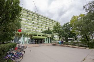 O femeie s-a aruncat de la etajul 6 al Spitalului Judetean din Timisoara