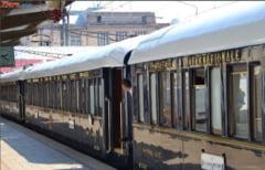 O femeie s-a aruncat in fata trenului, impreuna cu copilul de cinci ani
