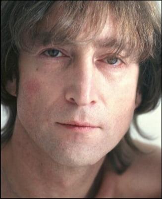 O fosta resedinta a lui John Lennon, scoasa la vanzare