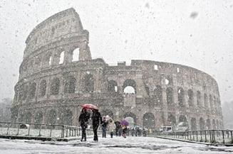 O furtuna de zapada la Roma inchide Colosseumul