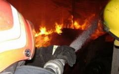 O gospodina din Budesti si-a incendiat bucataria dupa ce a lasat o lumanare nesupravegheata