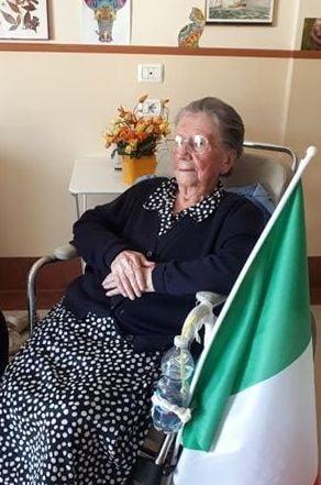 """O italianca de 108 ani, care traieste intr-un azil, s-a vindecat de COVID-19: """"Dumnezeu a uitat de mine"""""""