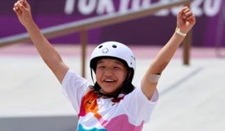 O japoneză de doar 13 ani a devenit prima campioană olimpică din istorie la skateboard