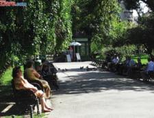 """O lege care permite """"cumpararea"""" de vechime la pensie este pe ultima suta de metri in Parlament"""