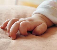 O mama povesteste cum i s-a infectat bebelusul cu coronavirus, in spital