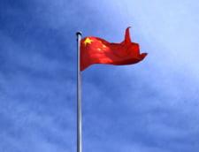O masina a intrat intr-un grup de copii in fata unei scoli din China: Cel putin 5 au murit