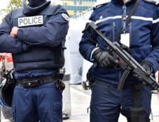 O masina a intrat intr-un grup de oameni, in Marsilia: Cel putin un mort (Foto)