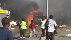O masina-capcana a explodat la Mogadishu: peste 20 de morti si zeci de raniti