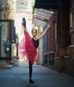 O mica balerina din Romania cucereste Internetul: Pur si simplu frumos (Galerie foto)