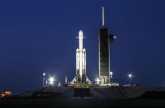 O noua lansare de succes a celei mai puternice rachete din lume: Are la bord cenusa a 152 de persoane (Foto&Video)
