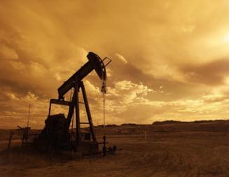 O noua prabusire a pretului petrolului. Cauzele: cresterea numarului de cazuri de COVID-19 si productia ridicata a Libiei