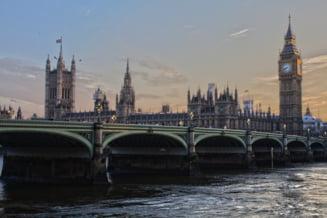 O petitie pentru renuntarea la Brexit a strans peste 4 milioane de semnaturi in doar 3 zile