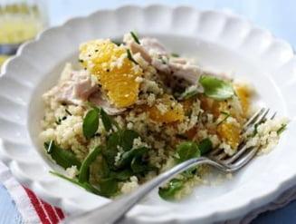 O reteta pe zi: Salata de pui cu portocale