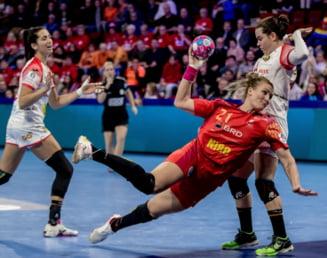 """O romanca acuza arbitrajul de la Campionatul European de handbal: """"Am dat cu capul de podea si nu au dat nimic!"""""""