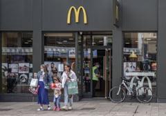 O rusoaică a dat în judecată McDonalds. Femeia acuză că o reclamă a lanţului de restaurante a făcut-o să-şi strice postul mare