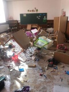 "O scoala din Clejani, vandalizata! ""Faptasii"" au fost prinsi de politisti! (FOTO)"