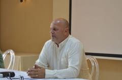 O singura problema pentru primarul liberal Ioan Popa, dupa 4 ani de mandat: Nu are adversar!