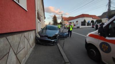 O soferita de 25 de ani a facut prapad pe o strada din Cluj-Napoca. Politia a gasit droguri in masina acesteia