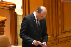 O suspendare previzibila: Basescu, inlocuit de Antonescu la Cotroceni