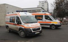 O tanara din Prahova, transportata la Spitalul Judetean de Urgenta dupa ce s-a ars pe fata in timp ce lucra in folosul comunitatii